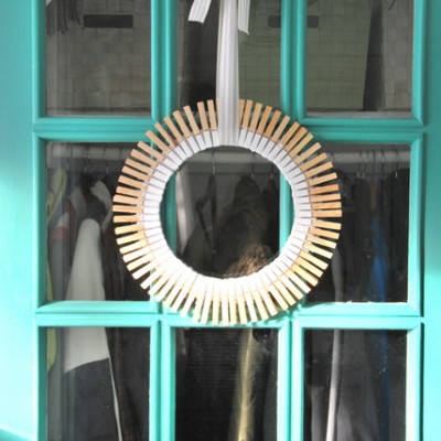 dipped clothespin wreath