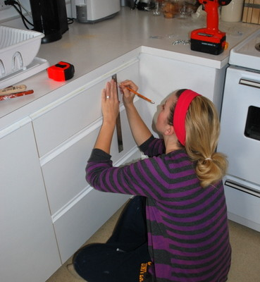 installing kitchen hardware