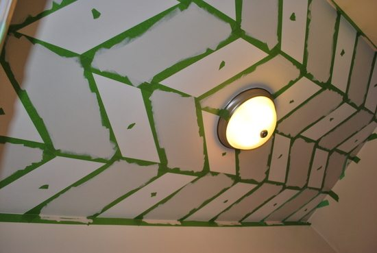how to paint a patterned ceiling