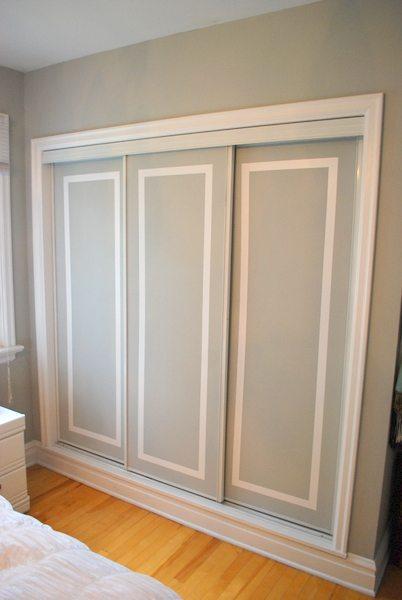 Painted sliding closet doors faux trim effect the for Closet door ideas diy