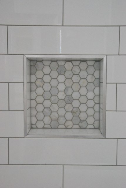 Small bathroom ideas with shower important tips for a successful bathroom renovation - Nice subway tile bathroom designs with tips ...