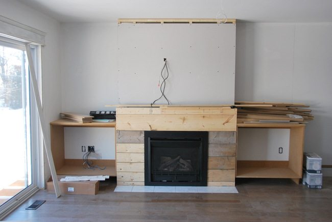 fireplace built in shelving 3 - via the sweetest digs