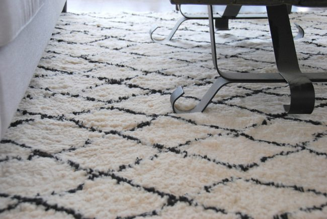 morrocan rug from Mohawk Home - via the sweetest digs