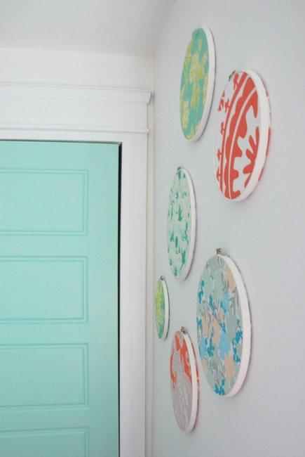 DIY embroidery hoop art tutorial 2- via the sweetest digs