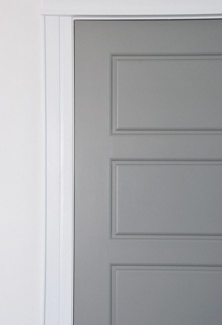 Painting gray interior doors how i did it and the amazing for Paint for doors interior