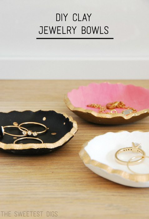 DIY clay jewelry bowlsThe Sweetest DigsTest