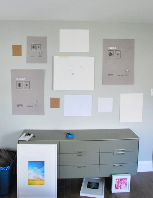 diy a gallery wall using mixed vintage and ikea frames