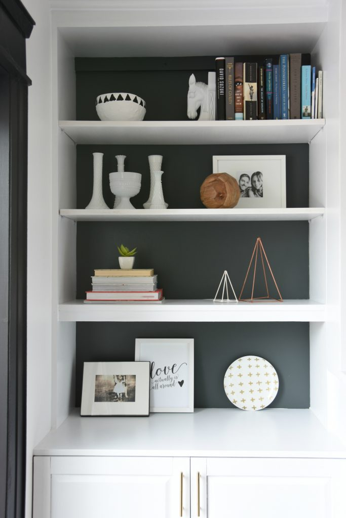 How To Design and Build Gorgeous DIY Fireplace Built Ins - the ...