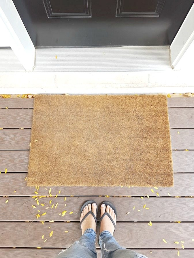 Make Your Own Diy Christmas Doormat The Sweetest Digs
