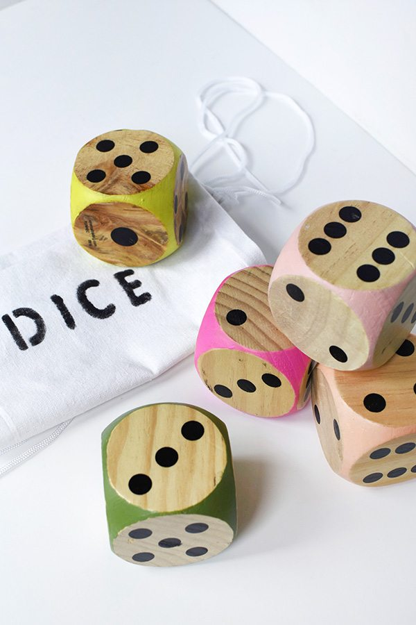 Large #DIY wood #Dice. A fun and educational gift for kids!