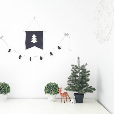 #Christmas #Decorating #Ideas - Our 2017 Holiday Home Tour! Copy the minimalist, neutral christmas decor in your own house.