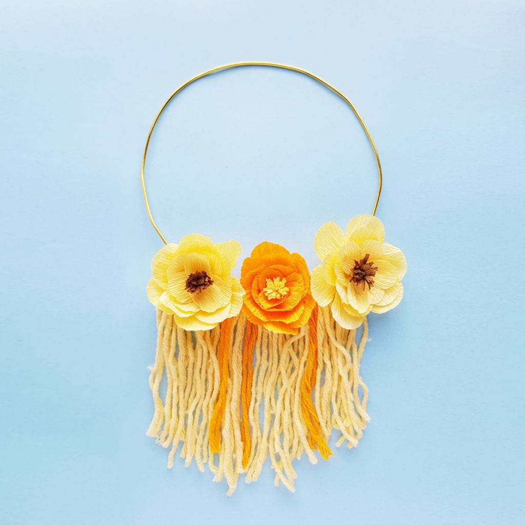 How To Make A Diy Floral And Yarn Wall Hanging The