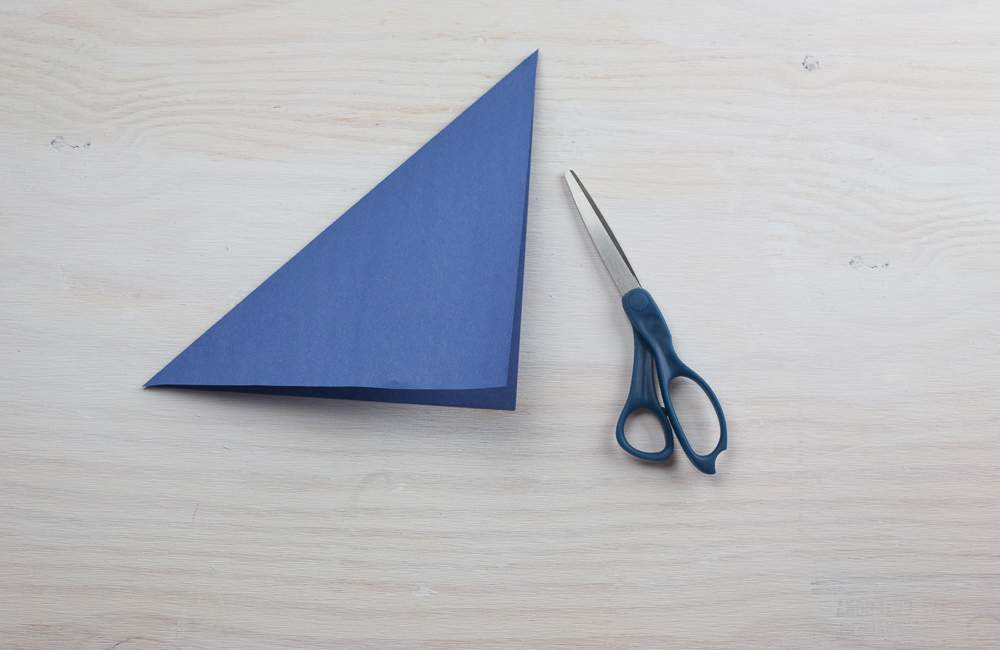 Folded paper for DIY spring gift bags