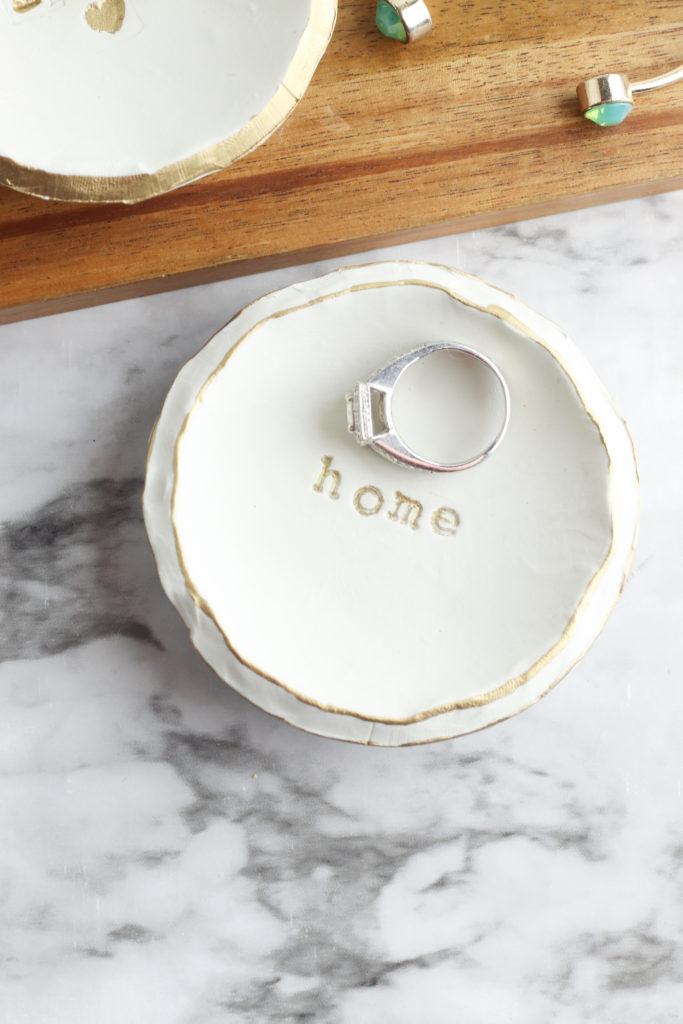 Tutorial for how to make these cute DIY stamped clay bowls. Small and dainty - perfect for rings and jewellery. No wheel needed!